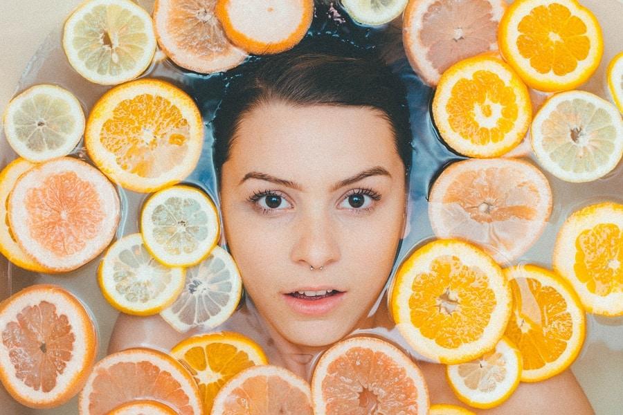 Dieta wpływająca na młody wygląd skóry pozwala zachować Ci nie tylko młodzieńczy wygląd, ale również dobre samopoczucie