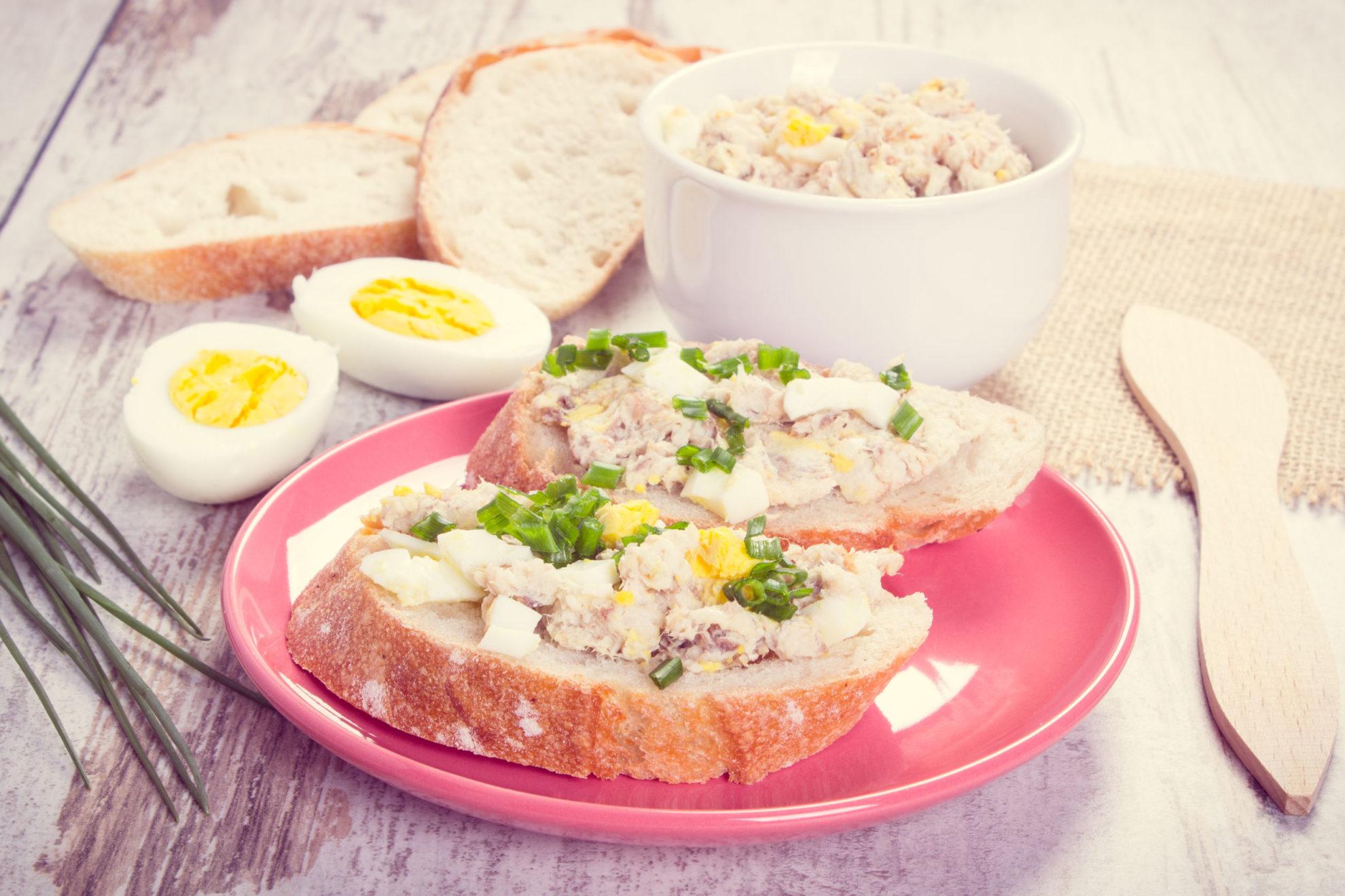 Pasta z białego sera i tuńczyka