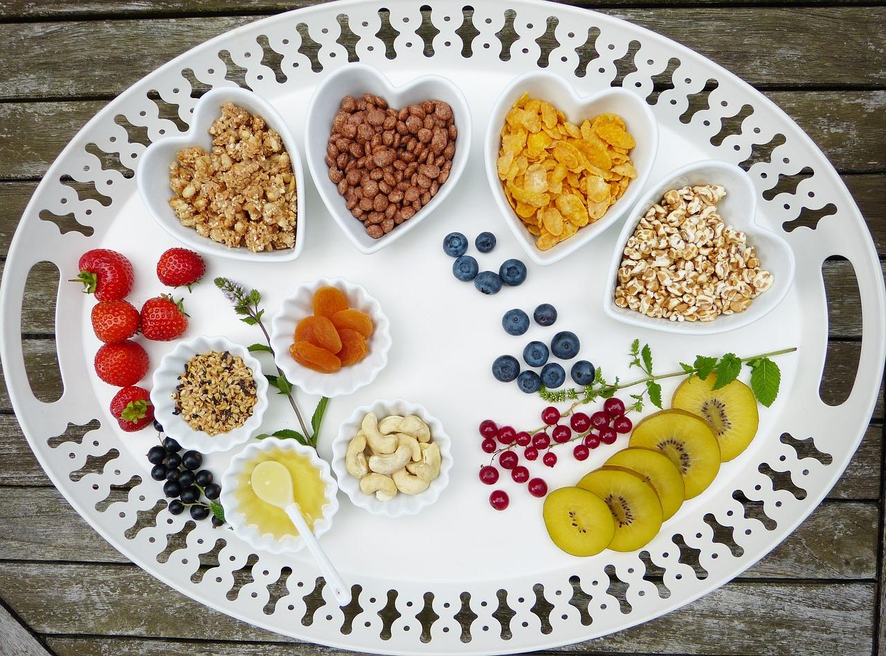 Dieta 1000 kalorii: założenia, efekty, co można jeść