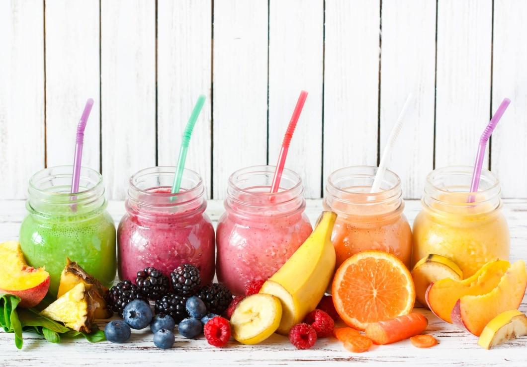 Owoce w diecie redukcyjnej: po które warto sięgać?